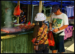 Satay Serikin Style @ Serikin Weekend Market (VERODAR) Tags: satay serikin sarawak indonesia kalimantan serikinmarket kuchingsarawak borneo nikon verodar veronicasridar