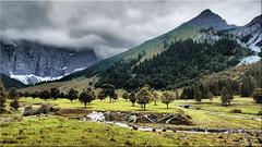The Ahornboden in Tyrol / Austria (Ostseetroll) Tags: aut engertal geo:lat=4740206493 geo:lon=1156680648 geotagged grosserahornboden österreich tirol alpen alps karwendelgebirge austria berge bäume olympus em5markii