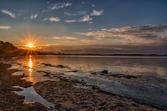 Sarzeau (Mirarmor) Tags: ciel coucher de soleil mer nuages eau bretagne france sable reflets lumière