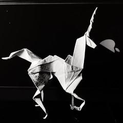 #picoftheday - Day 12-17-18 (hinxlinx) Tags: origami paperart paperanimal papercreatures papercreature origamicreature papercrafts origamiart origamianimal origamiunicorn unicorn paperunicorn bladerunnerorigamiunicorn bladerunnerorigami gaffunicorn fantasycreature hinxlinx ericlynxlin elynx atlantix軒 picofinstagram