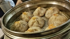 Steamed Pork & Crab Soup Dumplings (Hank Yee) Tags: soupdumplings dimsum dimsumgarden chinesefood dumplings steameddumplings food foodphotography