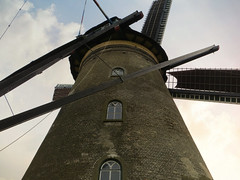 Kinderdijk windmills #32 (jimsawthat) Tags: enhanced polder kinderdijk netherlands architecture historic windmills