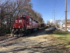 Tom Burke Photo CP at Kishwaukee Street Rockford IL November 14 2018 (Tom J. Burke) Tags: cp mow kishwaukeestreet rockford railroad train milwaukeeroad canadianpacific