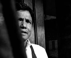 Peekaboo. (Baz 120) Tags: candid candidstreet candidportrait city candidphotography contrast street streetphotography streetphoto streetcandid streetportrait strangers rome roma europe women monochrome monotone mono noiretblanc bw blackandwhite urban life portrait people italy italia grittystreetphotography faces decisivemoment