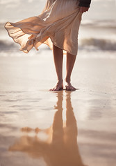 L1040798B (John F. Roberts) Tags: liecasl leica aposummicronsl 90mm f2 asph woman black legs bokeh ocean waves backlight romantic sand reflection water