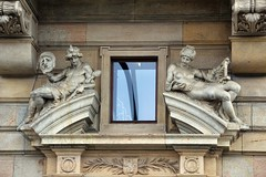 Prager Fassadendetails - 3 (fotomänni) Tags: prag prague praha jugendstil fassadenfiguren skulptur skulpturen sculpture kunst art manfredweis