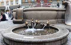 Vacances_0701 (Joanbrebo) Tags: konstanz badenwürttemberg de deutschland canoneos80d eosd efs1855mmf3556isstm autofocus font fountain fontaine fuentesfountains fuente contactgroups kaiserbrunnen