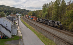 Look for the helpers, as Mr. Rogers would say (NoVa Truck & Transport Photos) Tags: helper emd sd40e locomotive train railroad norfolk southern intermodal double stack consist freight 6312 6320 25v ns lilly pa pennsylvania