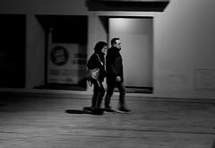 Calle-Street en BW (angelalonso57) Tags: canon eos 7d mark ii tamron 16300mm f3563 di vc pzd b016 ƒ45 390 mm 120 1000 bw wb black negro blanco white bn calle street city ciudad gavá shot encuadre enfoque desenfoque shadow