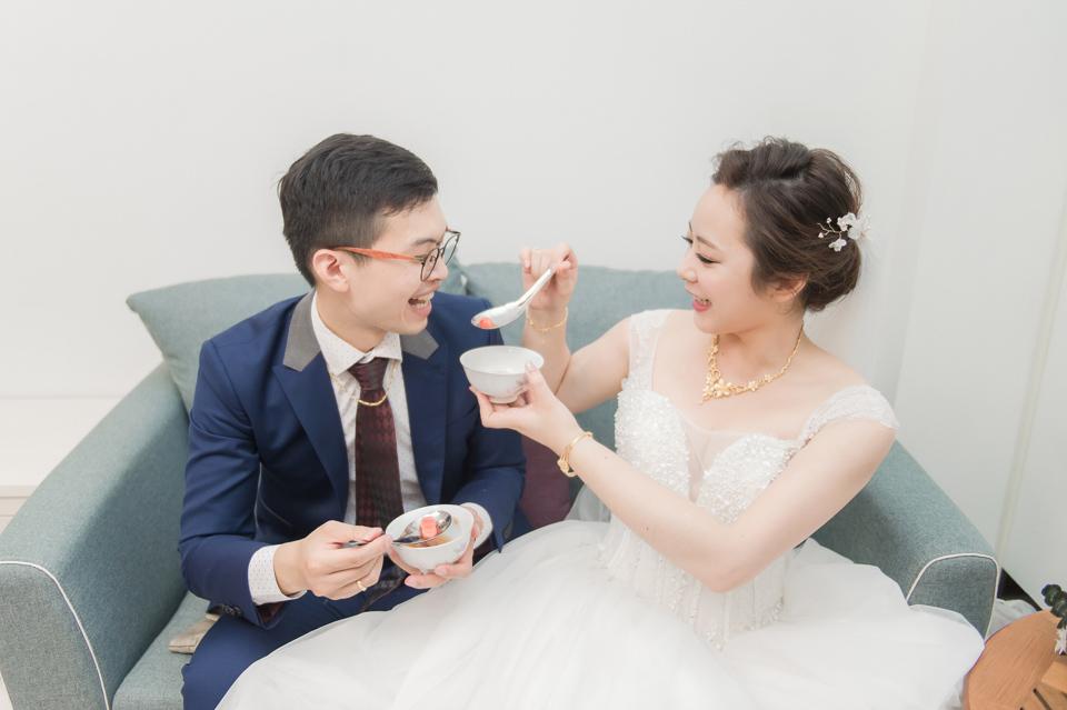 台南東東宴會式場 婚宴 走在幸福的紅毯上 R & B 085