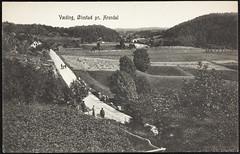 Postkort fra Agder (Avtrykket) Tags: bolighus hest hus kvinne mann postkort stabbestein uthus vei vogn arendal austagder norway nor