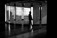 In the subdued light (pascalcolin1) Tags: paris homme man lumière light tamisé subdued centregeorgespompidou reflets reflection photoderue streetview urbanarte noiretblanc blackandwithe photopascalcolin 50mm canon50mm canon