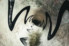 Hole (dono heneman) Tags: hole trou abstrait urbain urban urbaine ville city béton concrete courbenoire blackcurve courbe curve noire black divers street art streetart