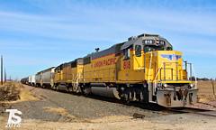 UP 818 Leads SB Iowa Falls Switcher near Iowa Falls, IA 12-24-18 (KansasScanner) Tags: iowafalls iowa up csx fire fd train railroad