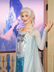 Elsa (meeko_) Tags: elsa queen queenelsa froz frozen characters disneycharacters royalsommerhus norway norwaypavilion worldshowcase epcot themepark walt disney world waltdisneyworld florida