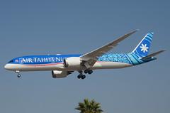 """Air Tahiti Nui 787-900 Dreamliner """"Fakarava"""" (F-OMUA) LAX Approach 3 (hsckcwong) Tags: airtahitinui 787900 7879 787 dreamliner fomua lax klax"""