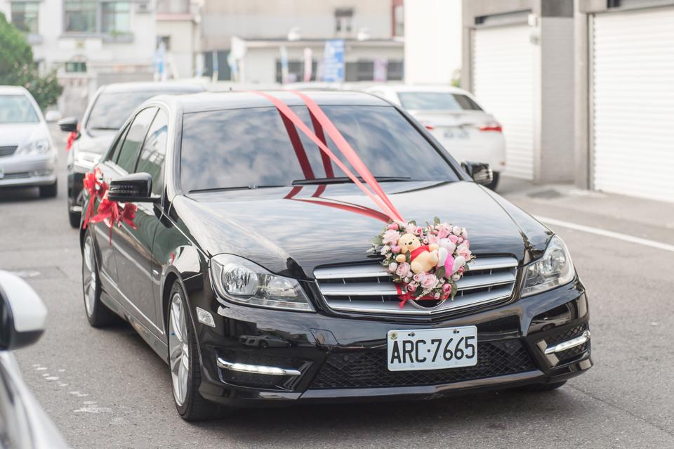 台南東東宴會式場 婚宴 走在幸福的紅毯上 R & B 009