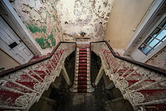 The Derelict Meanwood Park Hospital (Craig Hannah) Tags: meanwoodparkhospital leeds westyorkshire yorkshire derelict derelectbuilding decay abandoned stairs craighannah january 2019 england uk hospital beautiful mansion house building