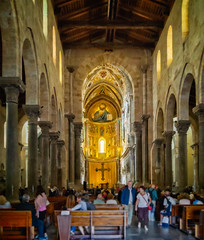 Interior view towards the chancel (Tiigra) Tags: cefalù palermo italy it 2018 architecture baroque byzantine cefalu ceiling church column cross crucifix interior mosaic mural religious repetition rhythm romanesque sicily wood arch art pattern