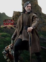 lukeDX_011a (siuping1018) Tags: hottoys disney siuping starwars thelastjedi luke rey photography actionfigures onesixthscale toy canon 5dmarkii 50mm