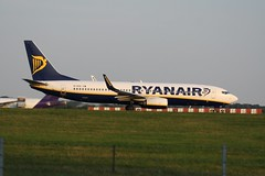 EI-ESS (IndiaEcho) Tags: ryanair boeing 737800 7378as 738 fr ryr eiess london stansted egss stn airport airfield civil aircraft aeroplane aviation airliner essex england canon eos 1000d