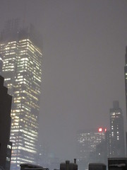 IMG_5080 (Brechtbug) Tags: 2018 november evening blizzard snow storm hells kitchen clinton near times square broadway nyc 11152018 new york city midtown manhattan snowing storms snowstorm winter weather building fog like foggy hell s nemo southern view ny1snow