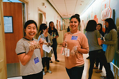 2018-11-17_UCLA_A2F_ThanksgivingSisters_ChildrensHospital-2 (Gracepoint LA) Tags: oprosalindchang 2018 fall thanksgiving service childrens hospital giving ucla a2f sisters crafts