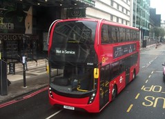 London Central EH263 Not in service Victoria 24/11/18. (Ledlon89) Tags: bus buses london transport tfl londonbus londonbuses londontransport enviro400 city goaheadlondon goahead central londoncentral victoria