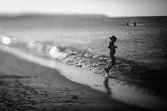 on the beach (hansekiki) Tags: warnemünde mecklenburgvorpommern beach strand squeezerlens ostsee balticsea canon 5dmarkiii volna3 sw sovietlens