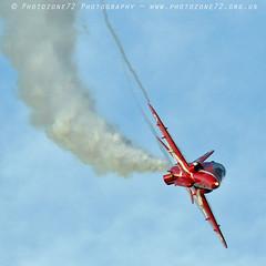 8577 R7 XX232 (photozone72) Tags: raf redarrows rafat reds redwhiteblue scampton lincolnshire hawk aviation aircraft canon canon7dmk2 canon100400f4556lii 7dmk2