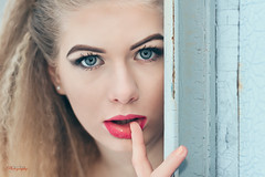 (Øyvind Bjerkholt (Thanks for 69 million+ views)) Tags: lips blueeyes beautiful gorgeous pretty sensual outdoors winter cold blonde woman girl female she portrait fashion beauty canon 50mm dof bokeh f14 dreamgirl classy feminine moods arendal norway soft