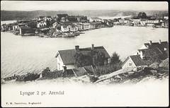 Postkort fra Agder (Avtrykket) Tags: bolighus brygge båt hus postkort seilbåt uthavn tvedestrand austagder norway nor