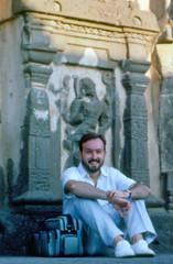 INDIA Y NEPAL 1986 - 71RECORTE (JAVIER_GALLEGO) Tags: india 1986 diapositivas diapositivasescaneadas asia subcontinenteindio cachemira kashmir rajastán rajasthan bombay agra taj tajmahal srinagar delhi
