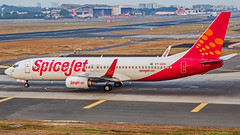 "SpiceJet Boeing B737-800 VT-SZA ""Sage"" Mumbai (VABB/BOM) (Aiel) Tags: spicejet boeing b737 b737800 vtsza sage mumbai canon60d canon24105f4lis"