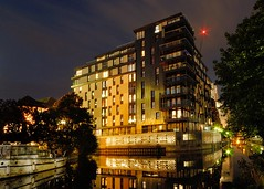 Builiding on Kennet Island, Reading (Puckpics) Tags: kennetisland reading berkshire night architecture