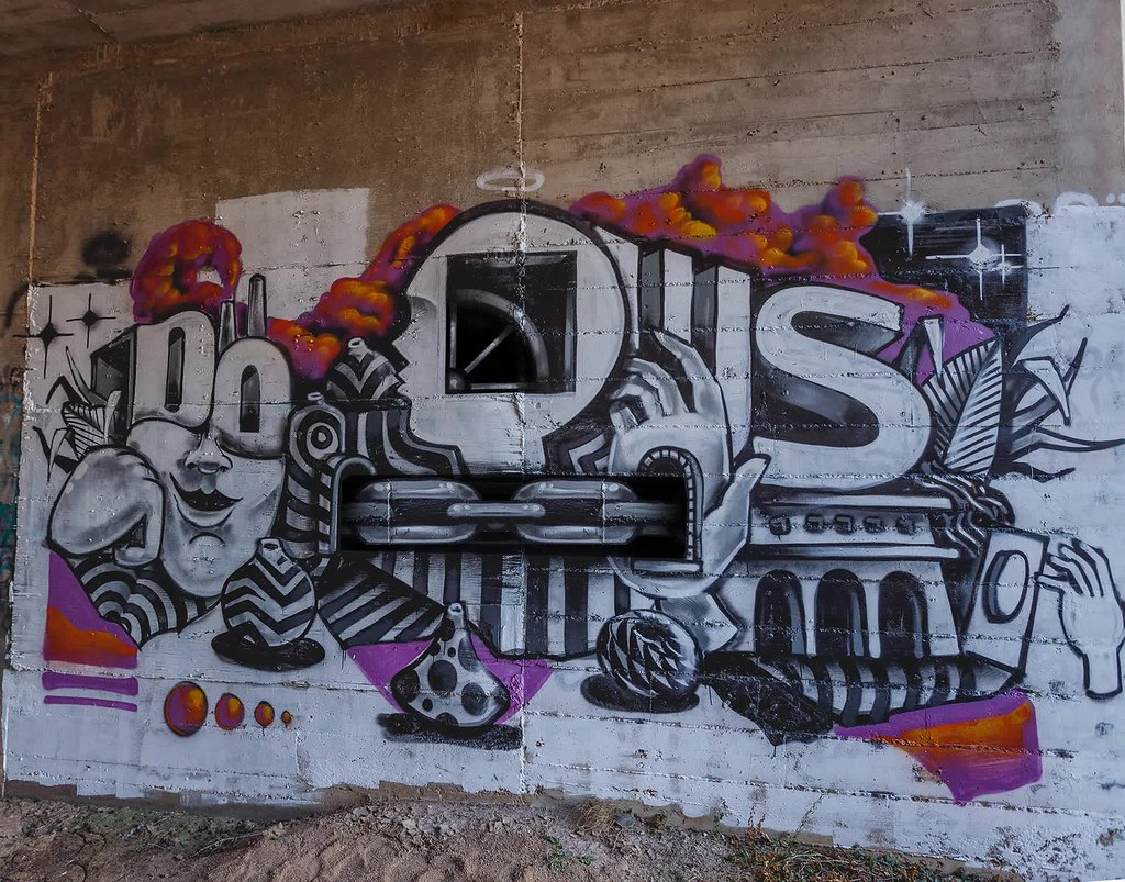 The worlds best photos of graffiti and santa flickr hive mind