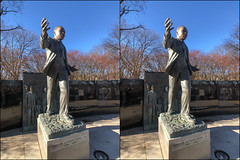 MLKJr Arms Open (anobjectn) Tags: stereophotography crossview crossviewstereo 3d 3dphoto mlk mlkj mlkjr martinlutherking martinlutherkingjr lincolnparkalbany albany albanyny
