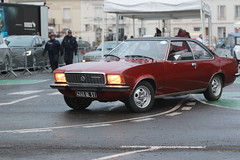 Opel Commodore (CHRISTOPHE CHAMPAGNE) Tags: 2018 france epernay marne champagne habits lumiere opel commodore