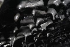 Stalagtites de lave solidifiée (philippeguillot21) Tags: noiretblanc lave stalagtites volcan lafournaise réunion sainterose france outremer océanindien indianocean africa afrique pixelistes tunnel canon