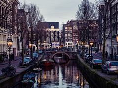 A0153088 (rpajrpaj) Tags: amsterdam city netherlands nederland nederlandvandaag bluehour thebluehour cityscape citylights