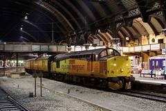 37521 1Q64 york station 14.01.2019 (Dan-Piercy) Tags: colasrail class37s 37521 37099 yorkstation plt5 1q64 derby rtc nevillehill via scarborough testtrain ecml