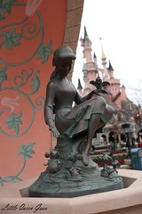 Cinderella Fountain (Little Queen Gaou) Tags: girl fille photographie photography selfie inspiration pirates carribean caraïbes movies attractions games décors scene parc disneyland paris france indiana jones castle château princesse princess princesses dream rêve beautiful gorgeous superbe somptueux manoir hanté haunted manor cendrillon cinderella paysage landscape mickey headdress serretête jessi buzz woody toy story monstre academy films dessins animés ratatouille architecture colorful coloré travel voyage découverte discovery