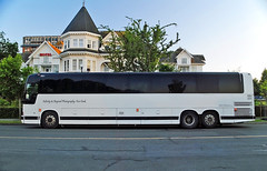 Motorcoach (Infinity & Beyond Photography: Kev Cook) Tags: huntingdon manor hotel victoria bc britishcolumbia canada motorcoach coach bus