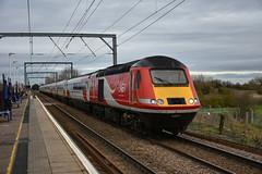 43277 + 43272 - Waterbeach - 13/01/19. (TRphotography04) Tags: london northeastern railways lner hst 43277 43272 pass through waterbeach working diverted 1y16 0754 newcastle kings cross