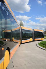 Double articulated bus... Metz (Last Border of the Picture) Tags: mirabelle bus double articulated brt rapid transit metz moselle lorraine grandest france europe van hool exquicity city 24 hybrid yellow mettis