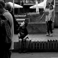 Katowice 2018 (Tu i tam fotografia) Tags: blackandwhite noiretblanc enblancoynegro inbiancoenero bw monochrome czerń biel czerńibiel noir czarnobiałe blancoynegro biancoenero acta acta2 2 street streetphoto protest katowice polska poland miasto city town opposition people ludzie maska mask ulica anonymous guy fawkes dziecko kids streetphotography fotografiauliczna outdoor człowiek man dzieciak ławka bench kwadrat square quadrat