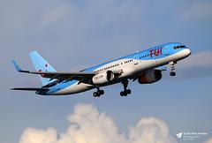 G-OOBP Boeing 757-2G5, TUI Airways, Palma de Mallorca, Mallorca, Spain (Kev Slade Too) Tags: goobp boeing757 tuiairways lepa palmademallorca mallorca majorca spain