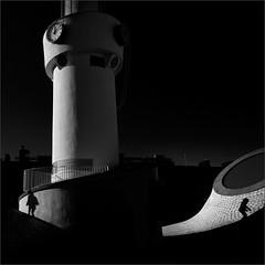 The Shadow and The Silhouette (Olli Kekäläinen) Tags: work5056 nikon d800 photoshop ok6 square ollik 2018 20181228 bw blackandwhite helsinki suomi finland dark