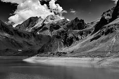 Licht und Schatten am Lünersee (richard.kralicek.wien) Tags: vorarlberg landscape austria alpine alps mountains blackandwhite lake water