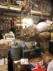 Antikustom -|- Second Hand Shop (erlingsi) Tags: antikustom antikk brukthandel bergen spelhaugen norway interior interiør orrtuflaten shop butikk